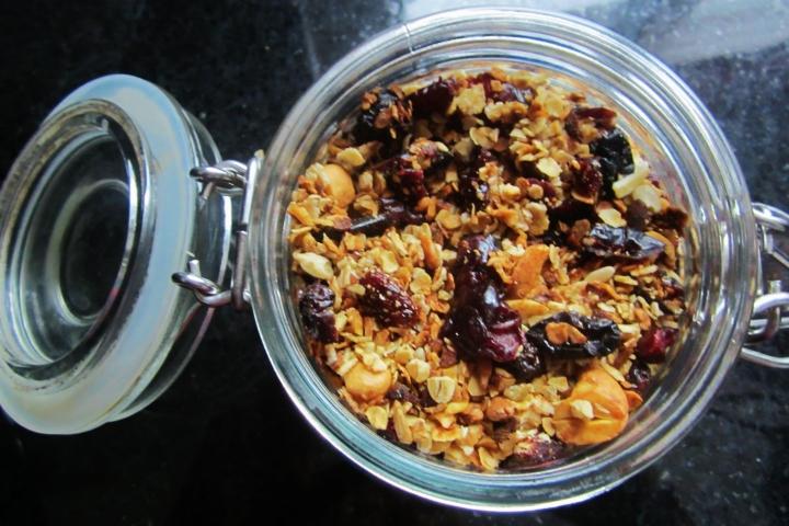 granola in the crockpot