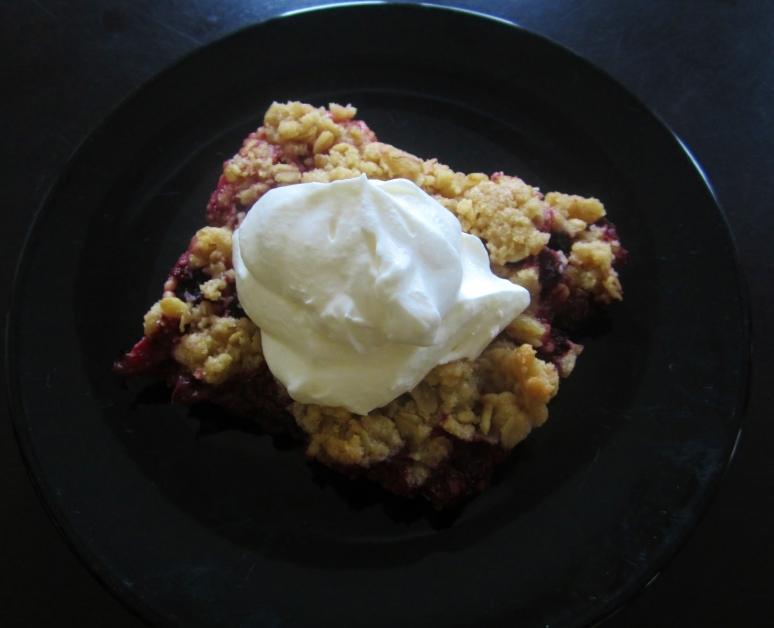 tart fruit crumble