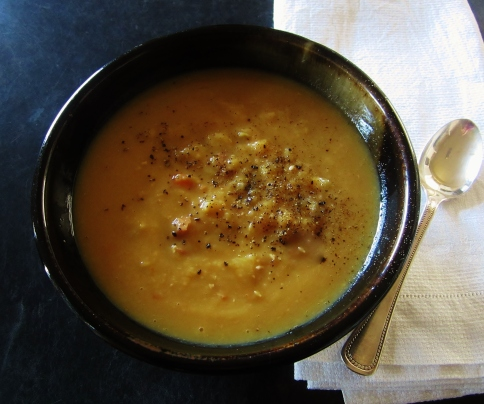 split pea, leek and bacon soup